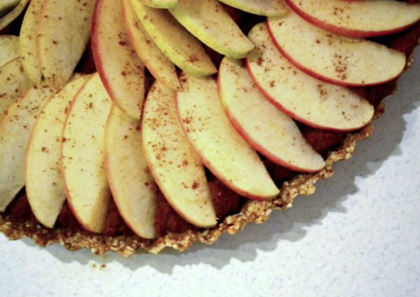 Apple-pie-Living-Raw-edit-web-649x432