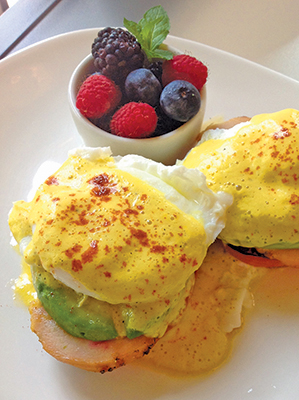Recipe: Yellow Pepper Hollandaise - Green Living Green Living